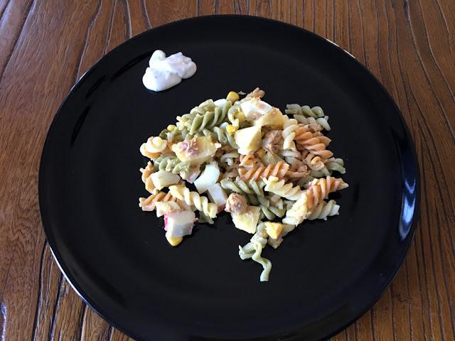 ensalada de pasta tricolor