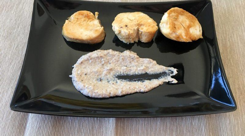 Medallones de pechuga de pollo con salsa de setas