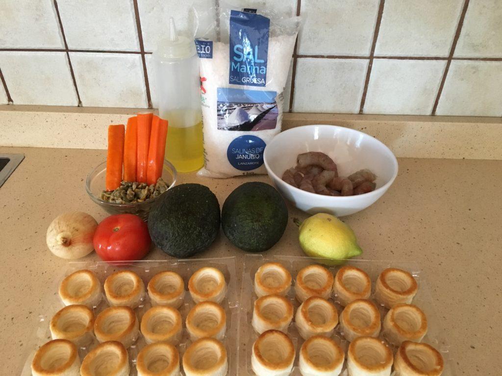 Ingredientes para volovanes de marisco y aguacate