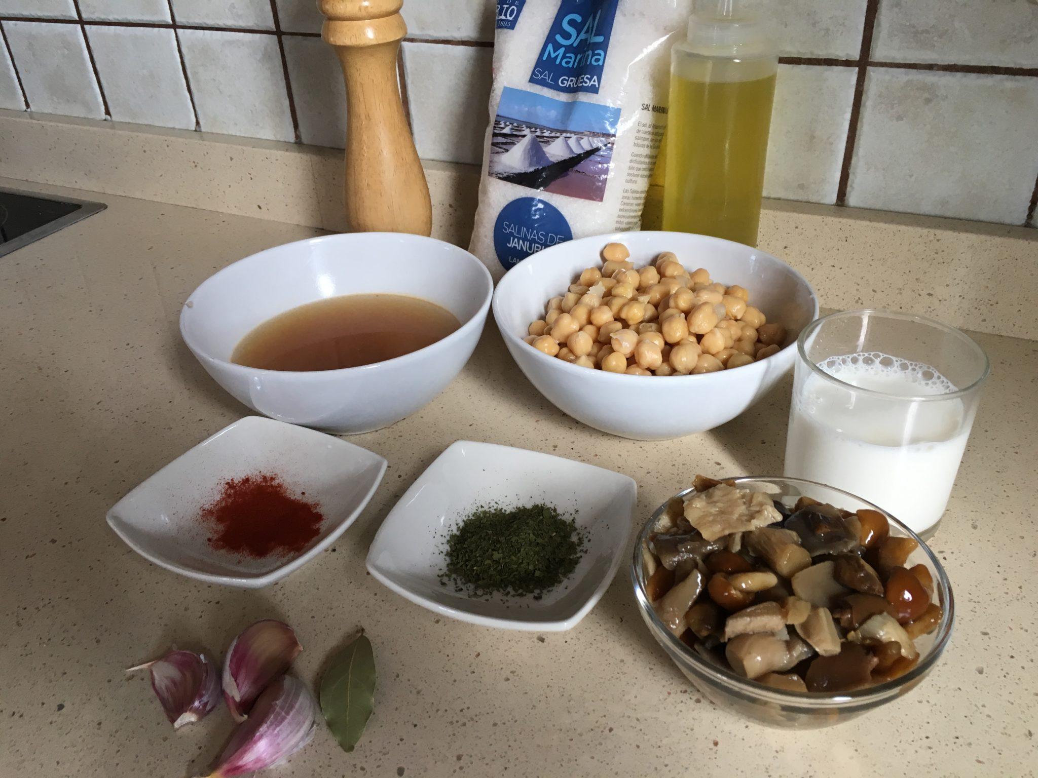 Ingredientes para Crema de garbanzos con setas