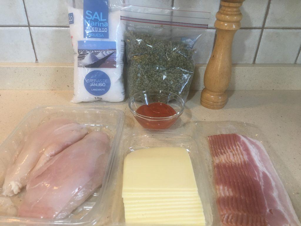 Ingredientes para Pastel de pollo, bacon y queso