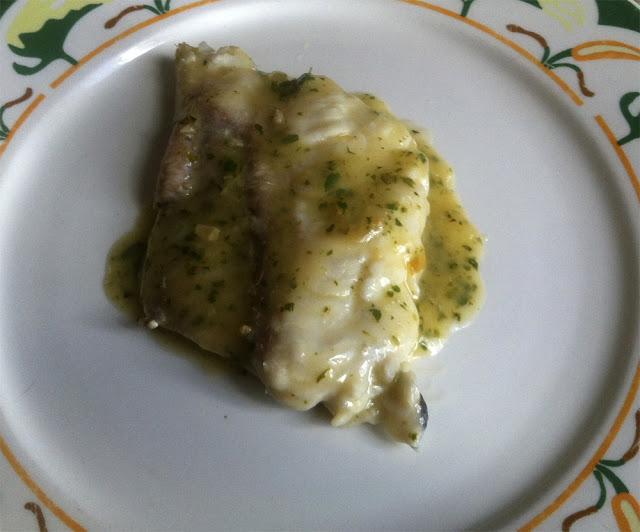 Merluza en salsa verde cocinar para cuatro - Cocinar merluza en salsa ...