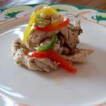 Tiras de pollo a los tres pimientos