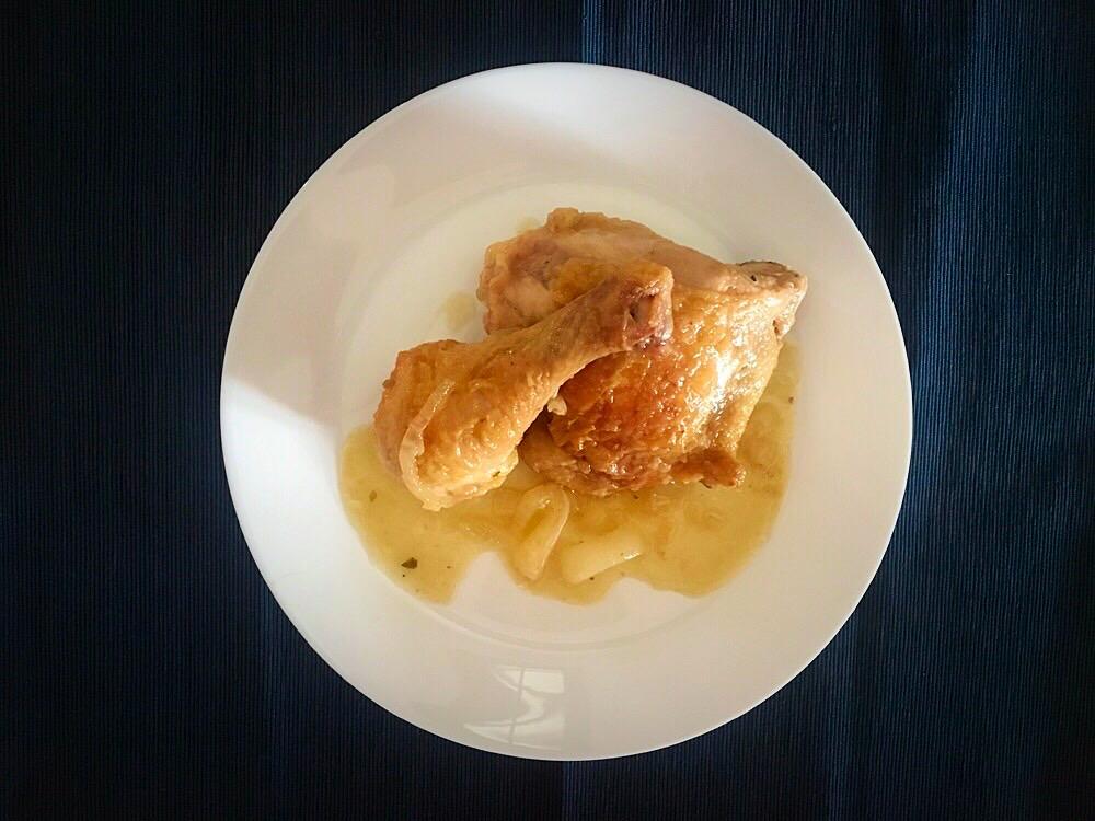 Pollo en salsa al estilo conventual