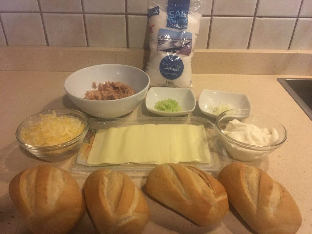 Ingredientes del Montadito de atún crujiente