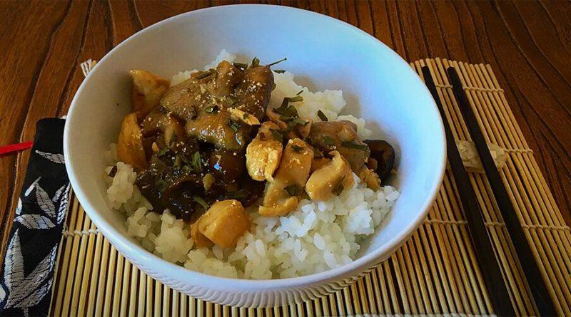 Cuenco de arroz oriental