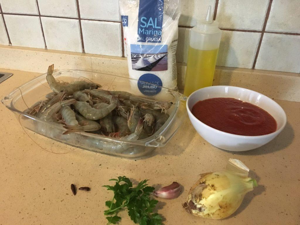 Ingredientes para Langostinos con tomate