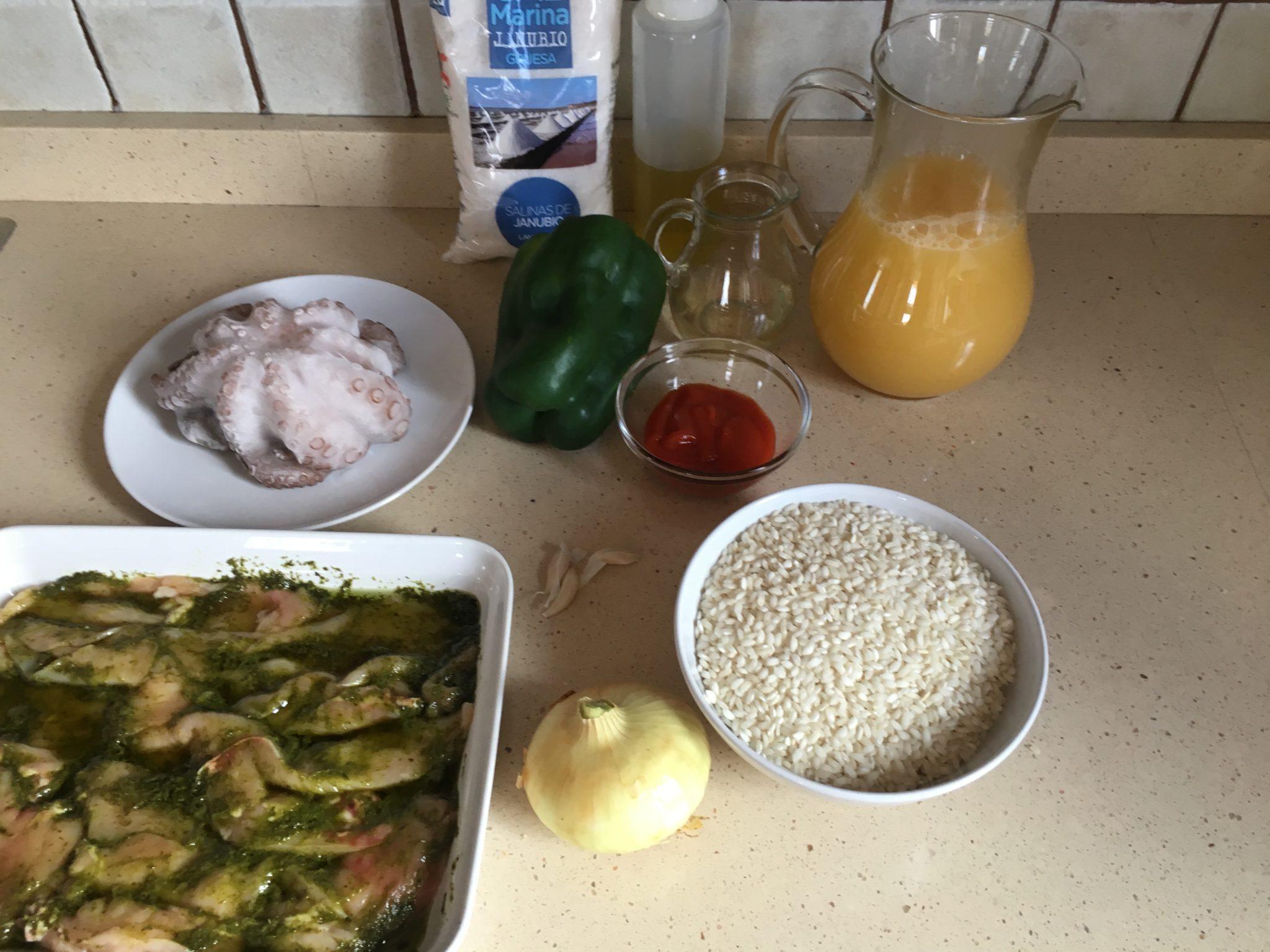 Ingredientes para Arroz meloso con pulpo y pechugas de pollo con mojo verde