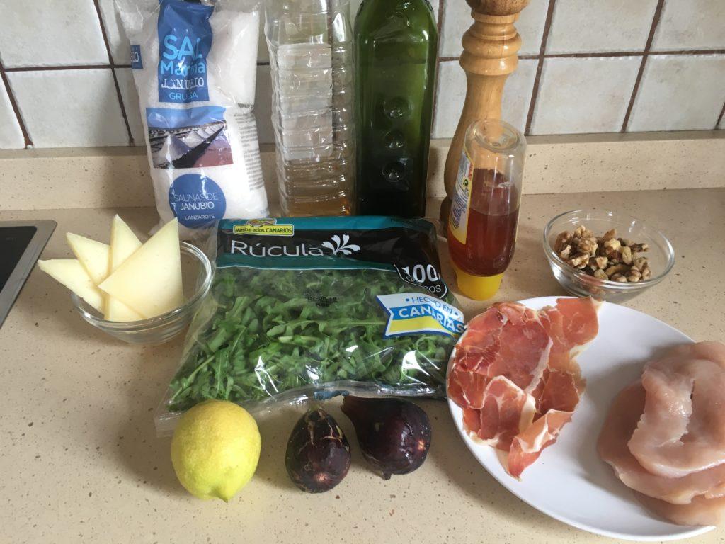 Ingredientes para Ensalada de pavo y queso