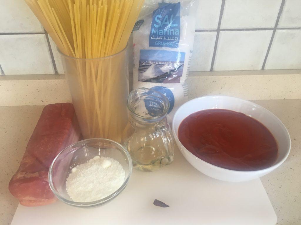 Ingredientes para Espaguetis estilo amatriciana