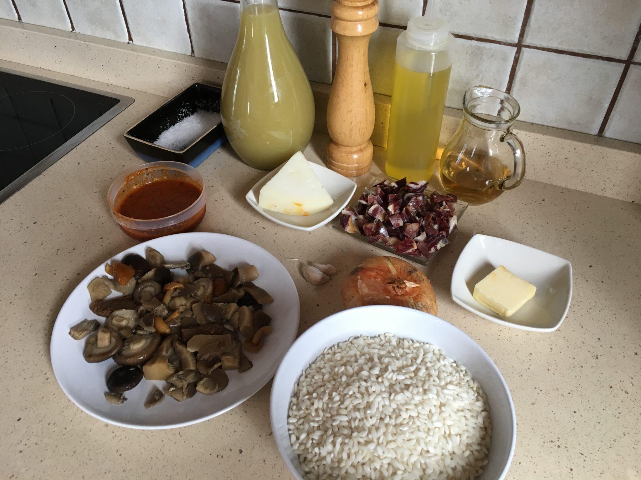 Ingredientes para Arroz cremoso de jamón ibérico y setas