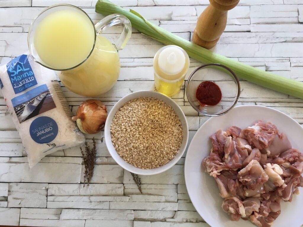 Ingredientes para Cazuela de arroz integral con pollo