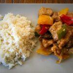 Carne y verduras con vinagre de arroz