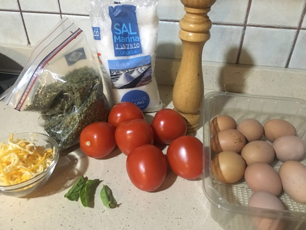 Ingredientes para Huevos con tomate gratinados