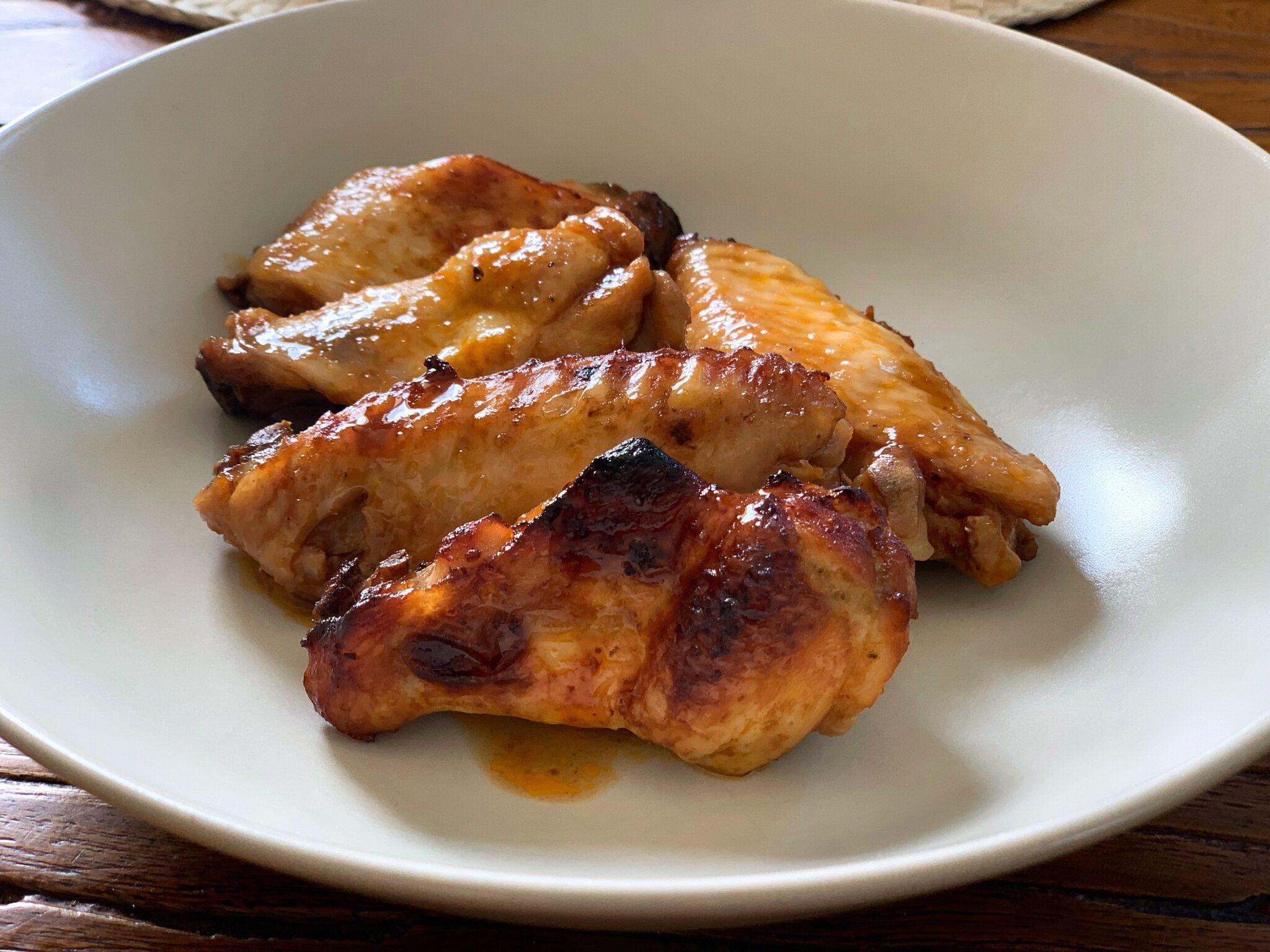 Alitas de pollo agridulces y picantes