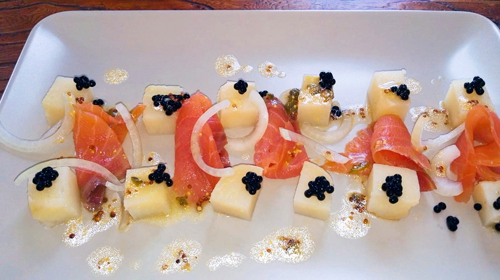 Ensalada de patatas y salmón ahumado