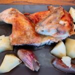 Pollo tomatero abierto al horno