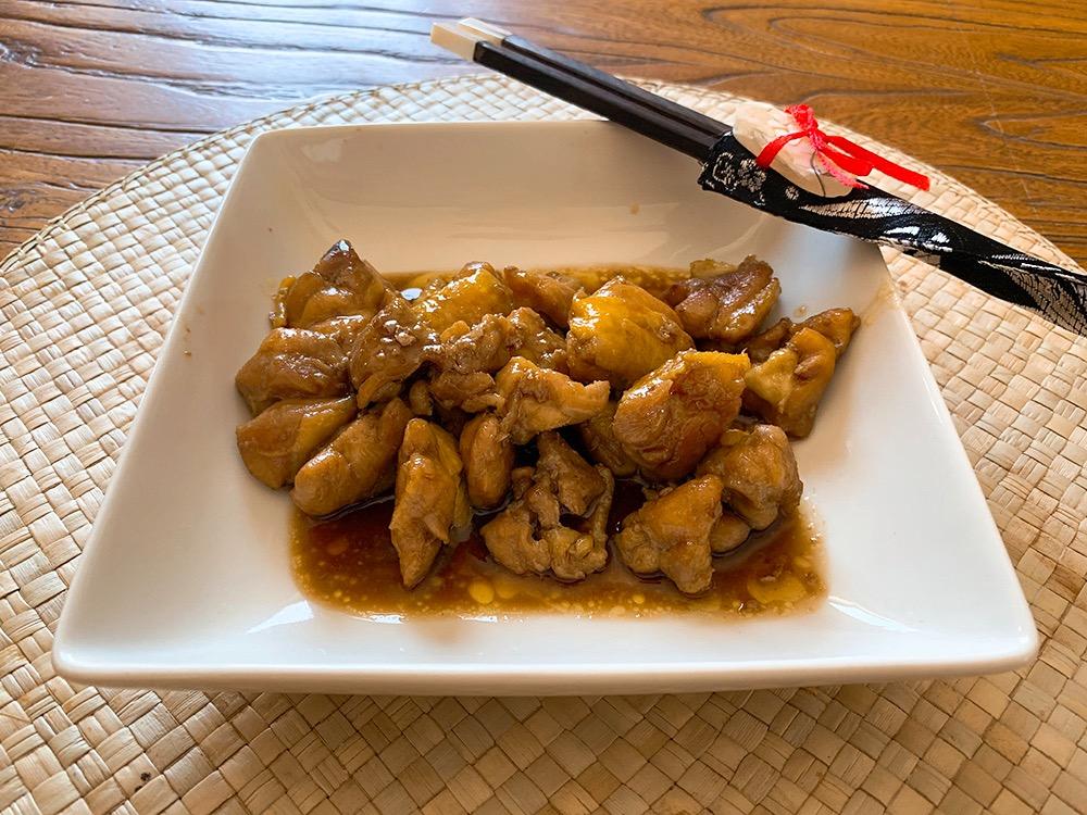 Pollo con salsa de soja y azúcar