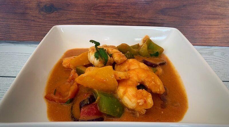 Curry rojo de langostinos