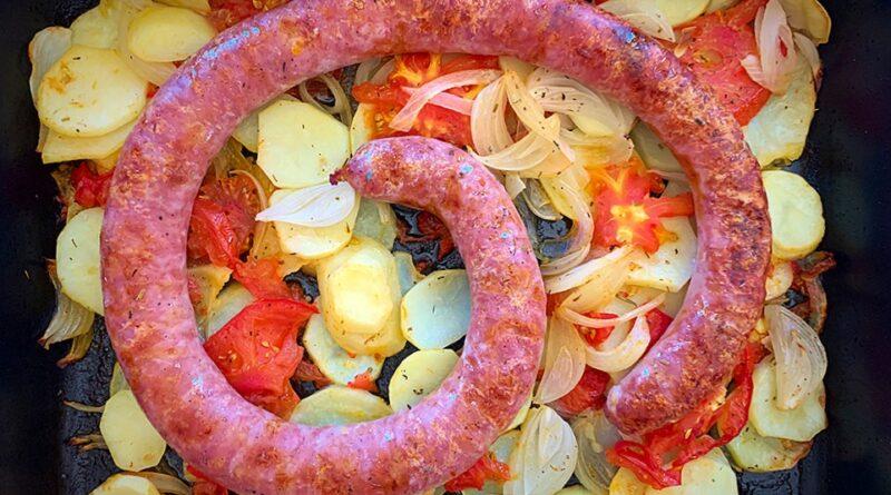 Butifarra al horno con patatas